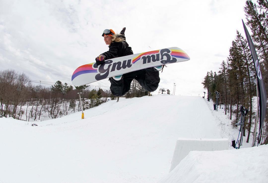 Deski snowboardowe Gnu, czyli najnowsze propozycje prosto z Kalifornii