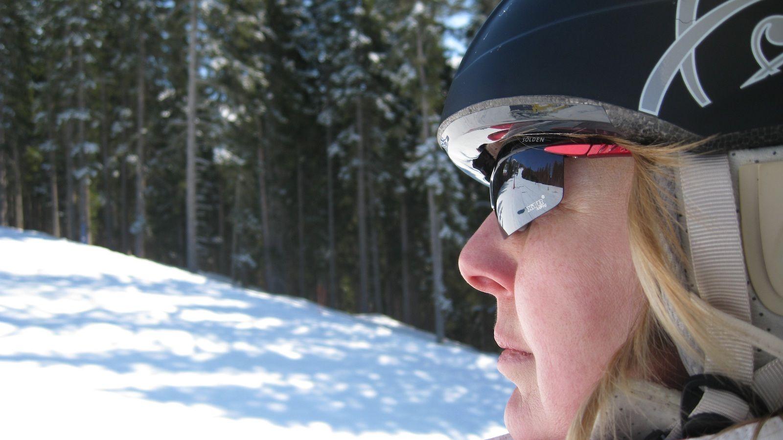 Okulary przeciwsłoneczne na narty, dzięki którym nic Ci nie umknie