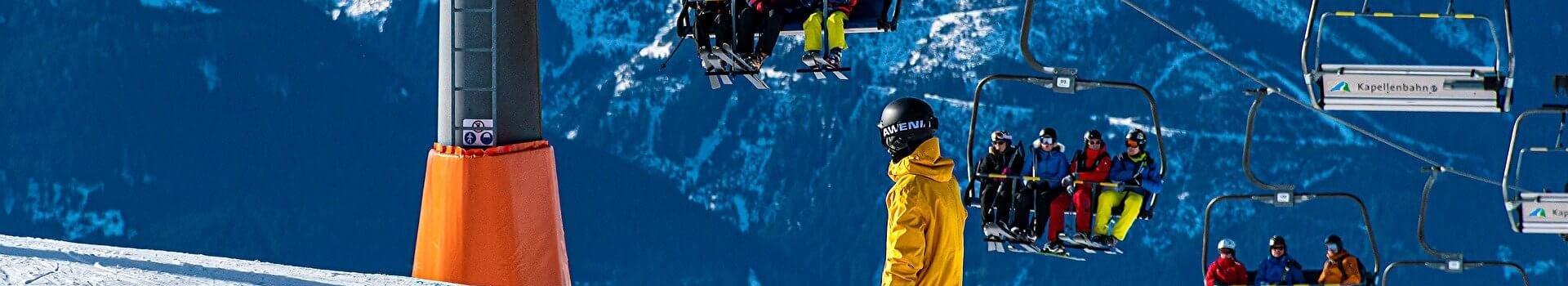 Odzież snowboardowa - w co warto zainwestować w pierwszej kolejności?