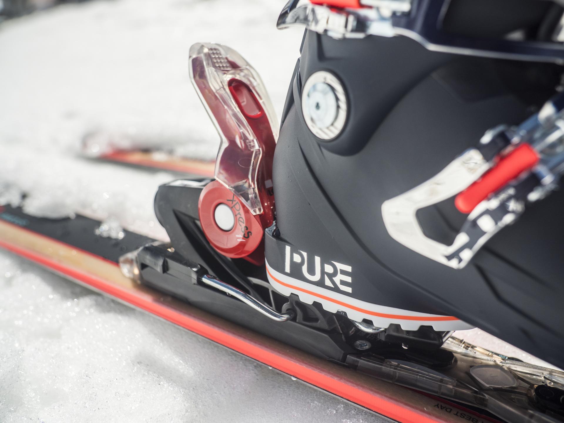 Jak ustawić siłę wypięcia nart