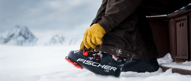 Jak dobrać buty narciarskie i zapewnić sobie wygodę jazdy?