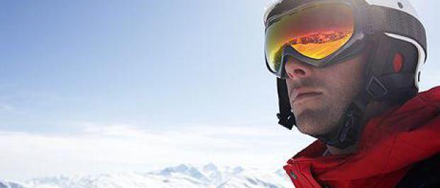 Rodzaje kasków narciarskich i snowboardowych