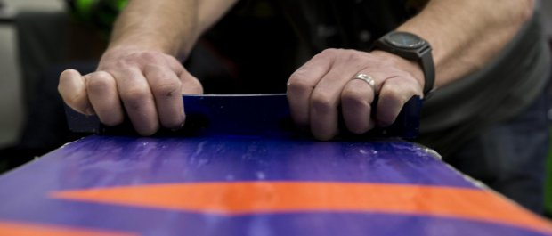 Jak serwisować deski snowboardowe?