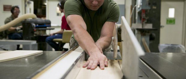 Proces tworzenia deski snowboardowej
