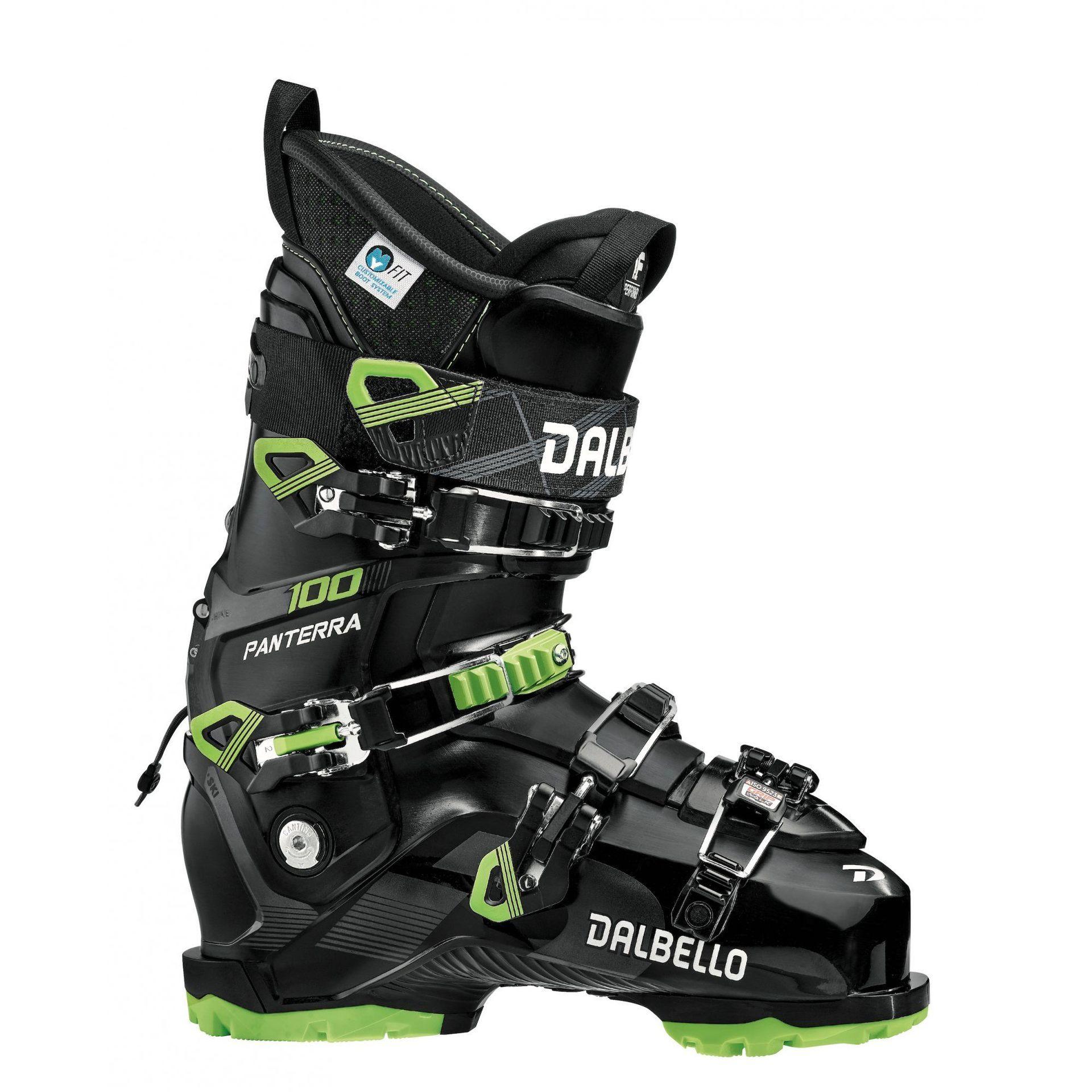Sprzęt narciarski 1920: narty, buty narciarskie, gogle