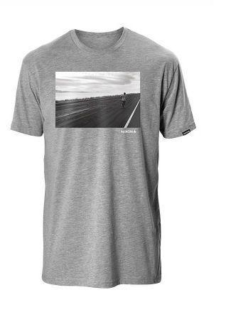 T-shirt Nixon Surface